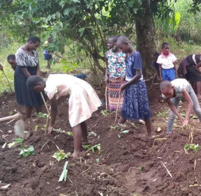Lage unserer Paten- und Straßenkinder Uganda